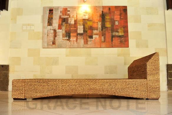 アジアン家具 洗練されたリゾート空間を演出するヒヤシンスローベッド
