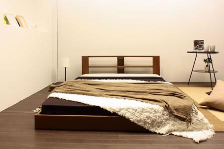 オールレザーデザイン棚付フロアベッド265 ブラウン正面