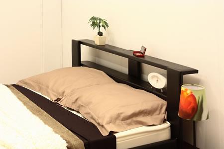 オールレザーデザイン棚付フロアベッド265 ブラックヘッドアップ